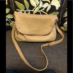 Mods Luxe vegan leather crossbody bag!